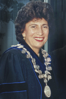 Photo of Evelyn Handler
